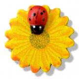 Nalepovací dřevěné kytičky s beruškou žluté - 6ks