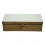 Dřevěná krabička s kováním