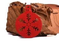 Vánoční ozdoba plsť červená - Baňka 02