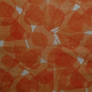 Ubrousek vzorovaný - oranžové listy